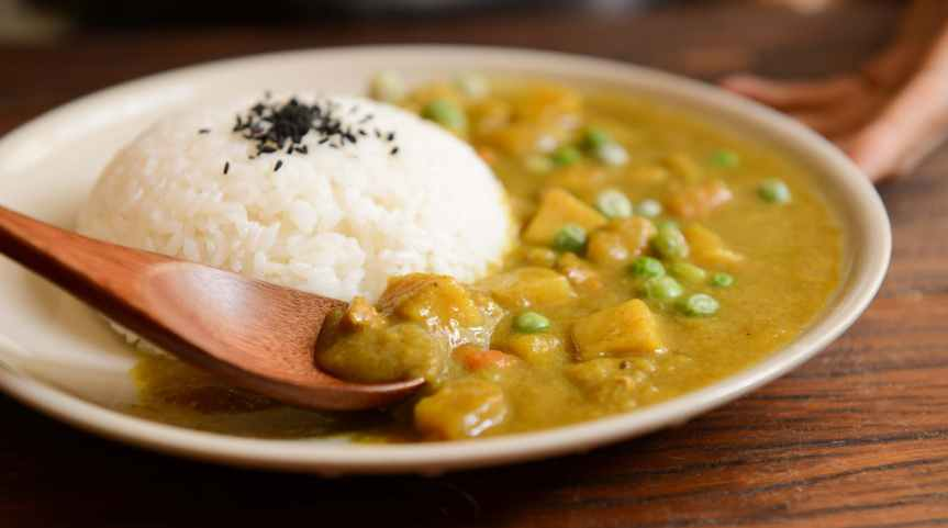 Where to Find the Best Curry Dishes?